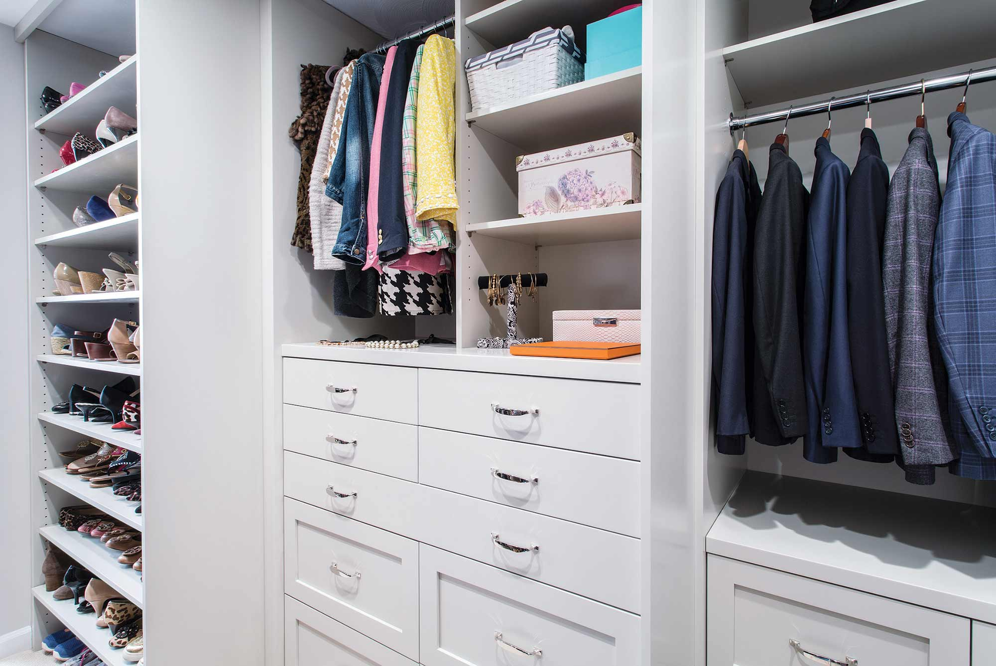 Calore Closet Shelves