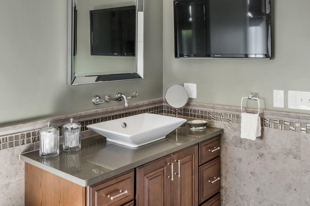 Newport Condo Renovation Bathroom Counter